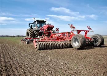 Tractor agriculture - Marc Lanham